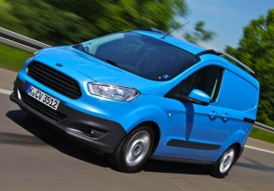 34_Ford_Transit_Courier_review_action3